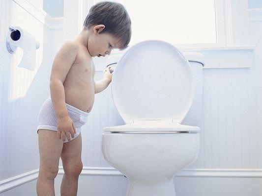 Nằm mơ thấy đi đái, tiểu, vệ sinh ẩn chứa điềm báo gì?